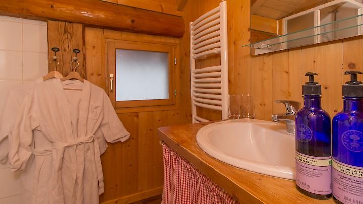 Chalet L'Atelier Bathroom - Morzine