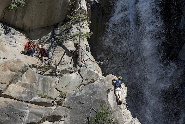 climbing wit bureau des guides morzine