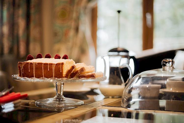 Tea & Cake - Chambertin