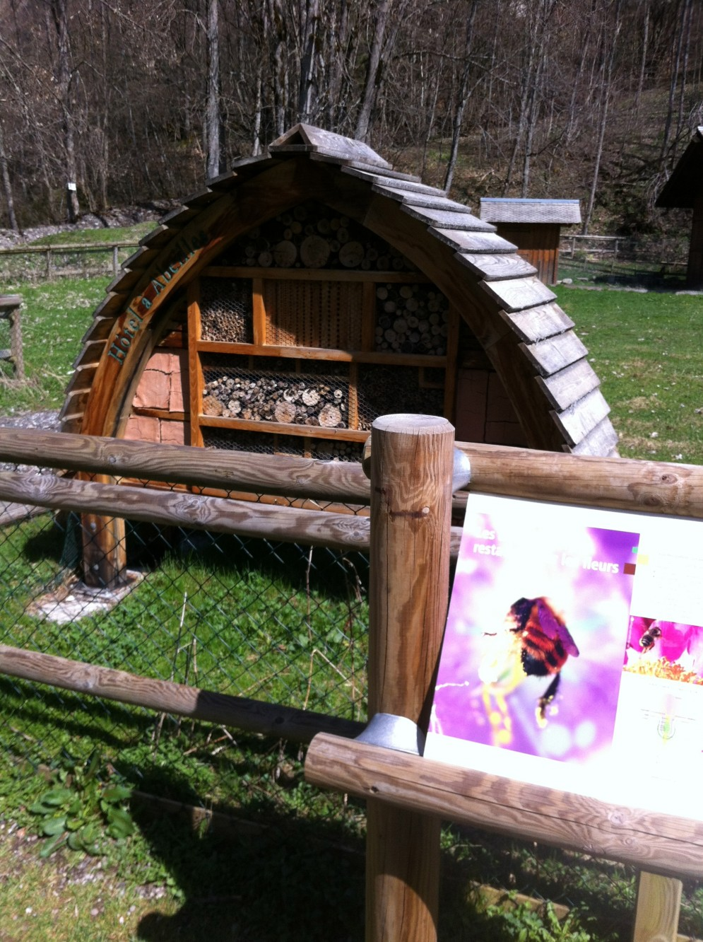 It's no Hotel L'aubergade but even the Bees have a hotel in Morzine!