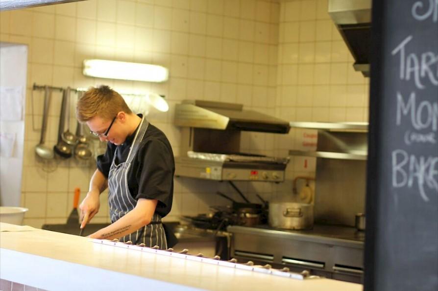 Hotel Laubergade Morzine Chef - Winter Ski Jobs