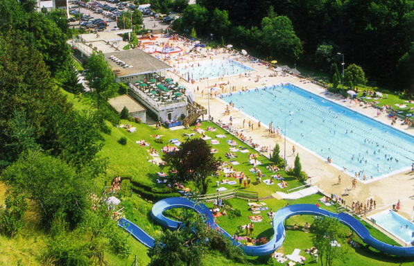 The fantastic swimming pool complex in Morzine!