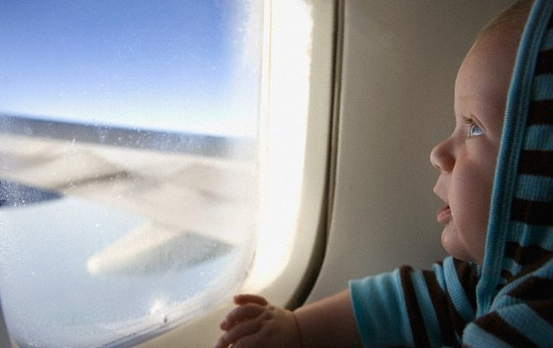 Baby travelling to ski resorts